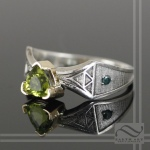 14k Zelda Peridot Engagement Ring
