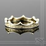 thin petite ladies 14k gold crown ring