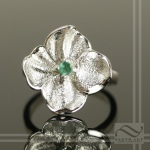 Sterling Silver Spring Time Flower with Emerald
