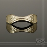 Ladies 14k gold zelda triforce wedding band