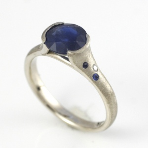 hand made larger blue sapphire ring in 14k white gold