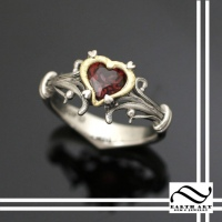 Heart Container Ring in Palladium and 18k